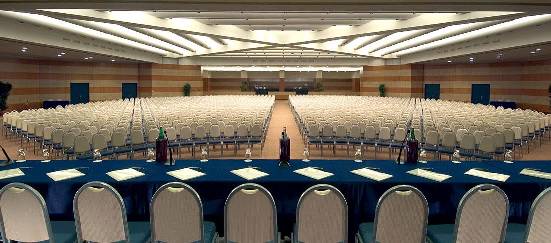 Una delle sale conferenza dell Ergife Palace Hotel, dotato di un impianto Wi-Fi per Hotel