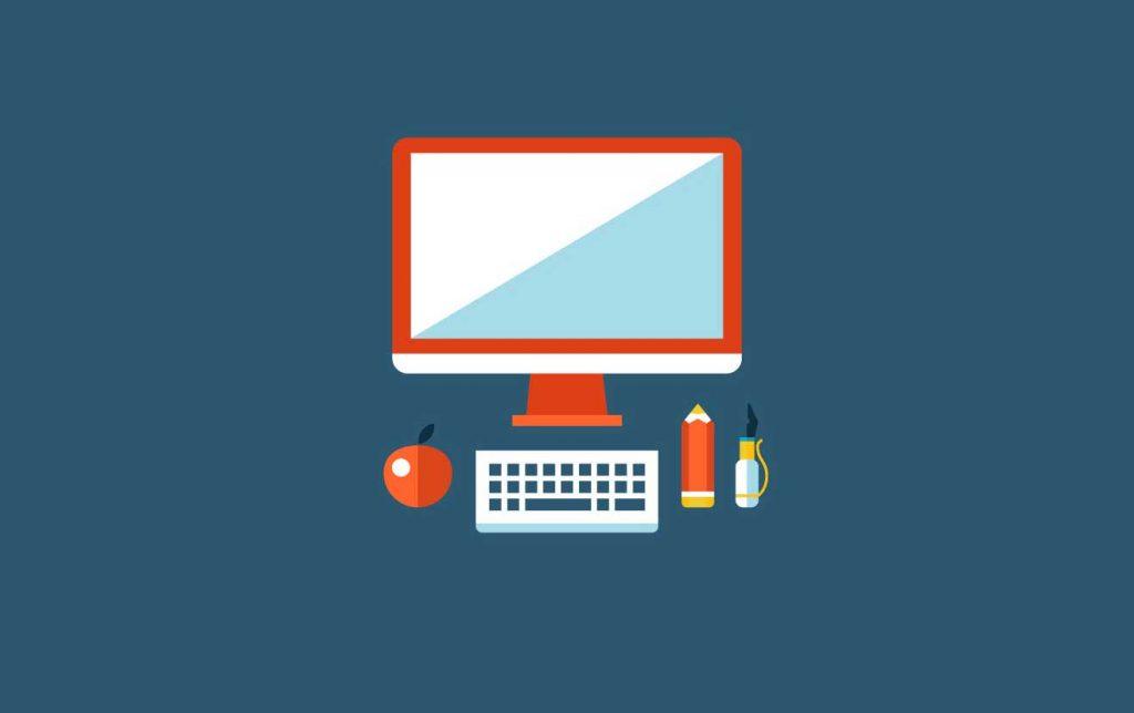 Immagine flat di un pC, tastiera e matita su una scrivania.