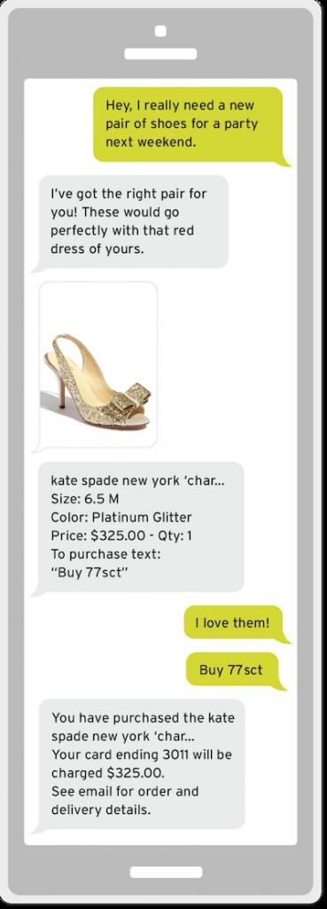 Conversazione in chat su smartphone tra acquirente e retailer.